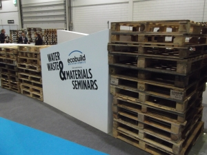 One of the seminar arenas marked out by wooden pallets; a popular building material for upcoming up cycling DIY-ers